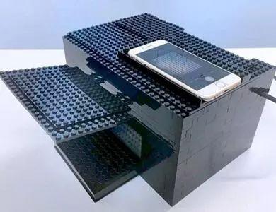 将化学传感器与智能手机连起来装在乐高积木里