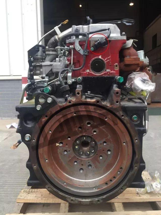 日野发动机正时齿轮传感器