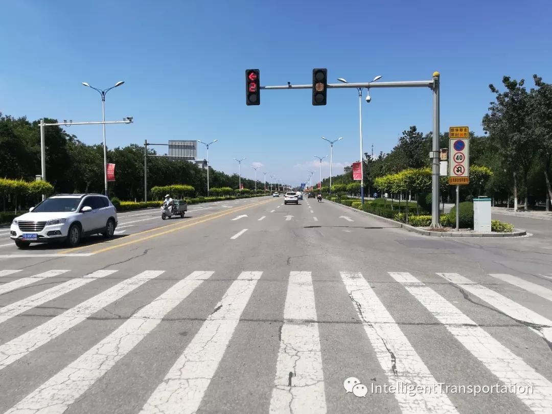 交通发展与未来智能交通的调查与探索
