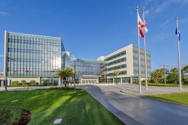 联合技术智能建筑中心正式开放