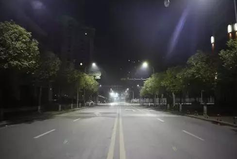 中秋赏灯丨2018年国内34款智慧路灯案例分享
