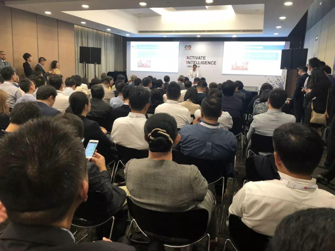 厦门物联网协会会长在in Touch Market物联网商业洽谈会演讲