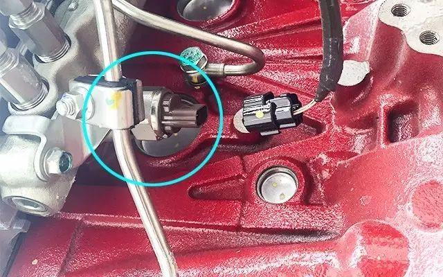 共轨压力传感器和水温传感器故障的解决方法