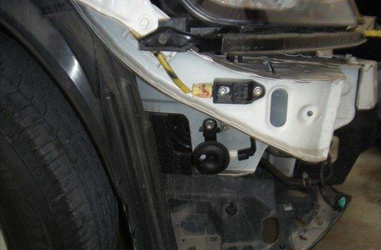 炸气囊只需更换一个气囊传感器?