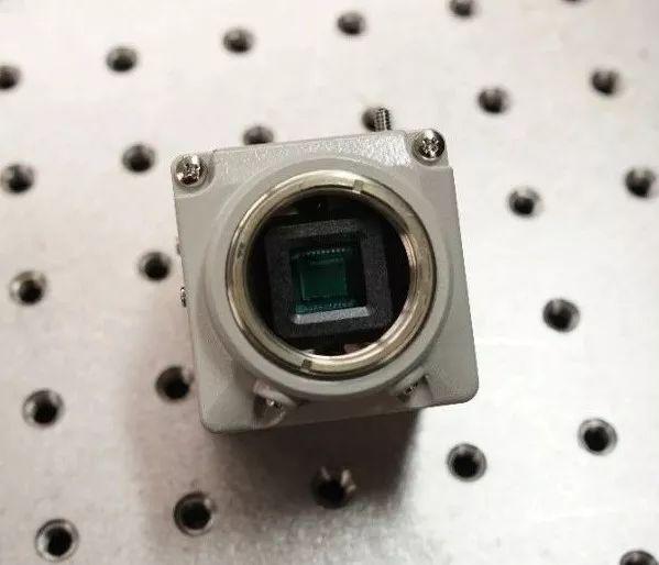 用传感器DIY一台微单相机