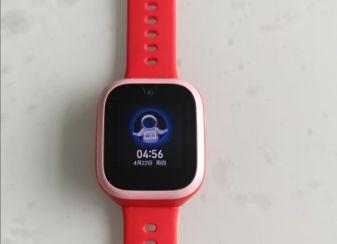 #00米兔儿童手表4怎么插卡